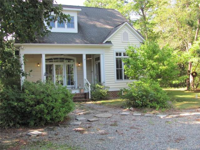 360 Pine Reach Drive, Kilmarnock, VA 22482 (#1834200) :: Abbitt Realty Co.