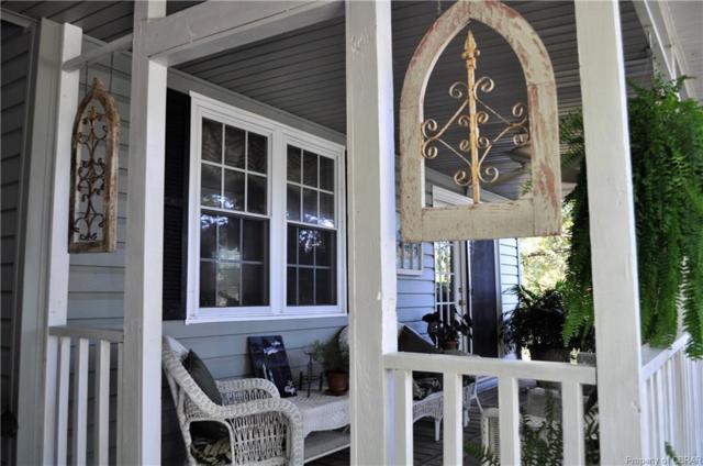 1027 Robins Point Ave, Deltaville, VA 23043 (MLS #1834581) :: Chantel Ray Real Estate