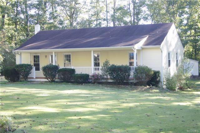 1542 Dogwood Road, Powhatan, VA 23139 (#1836962) :: Abbitt Realty Co.