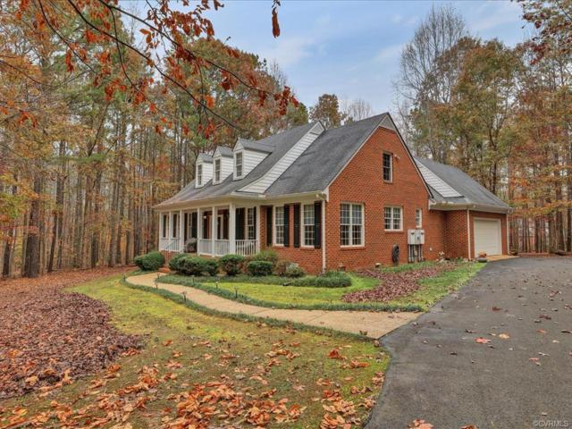 2850 Maple Grove Lane, Powhatan, VA 23139 (MLS #1839263) :: Chantel Ray Real Estate