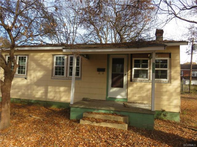211 S 11th Avenue, Hopewell, VA 23860 (#1840644) :: 757 Realty & 804 Homes