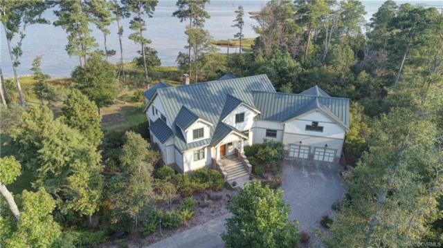 812 Ship Point Road, Yorktown, VA 23692 (MLS #1840701) :: The RVA Group Realty
