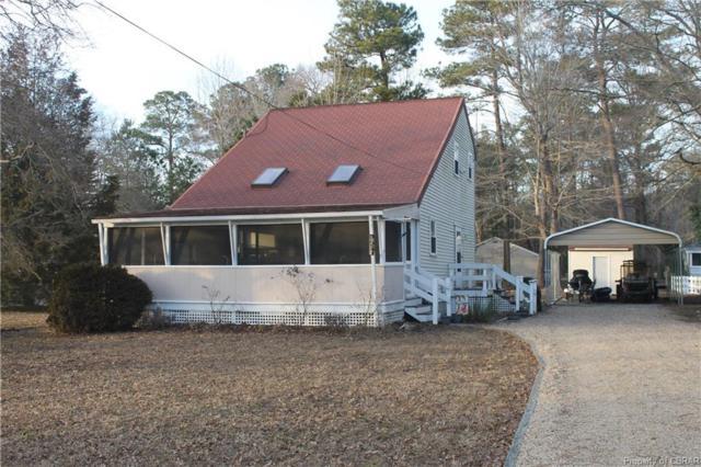 561 Shore Drive, Hartfield, VA 23071 (#1903377) :: Abbitt Realty Co.