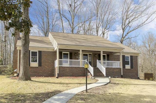 310 N Radford Drive, Hopewell, VA 23860 (#1905195) :: 757 Realty & 804 Homes