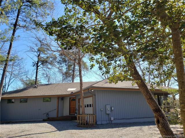156 Wooldridge Cove Drive, Deltaville, VA 23043 (#1906022) :: Abbitt Realty Co.