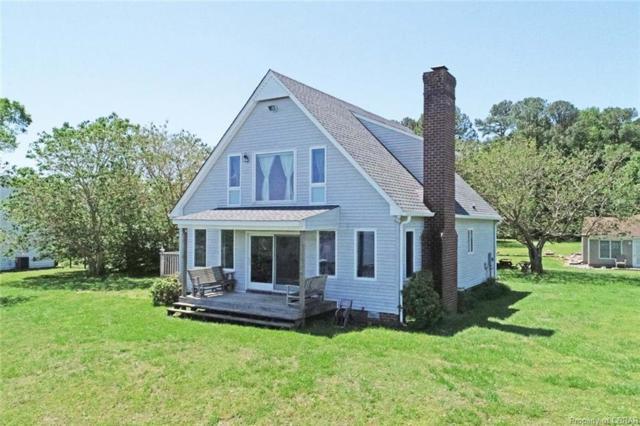 150 Summer Breeze Lane, Dunnsville, VA 22454 (#1915929) :: Abbitt Realty Co.