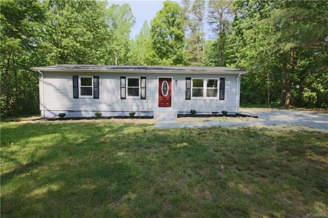 2002 Country, Beaverdam, VA 24124 (MLS #1916868) :: EXIT First Realty