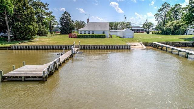 3204 Grandview Drive, Dunnsville, VA 22454 (#1917028) :: Abbitt Realty Co.