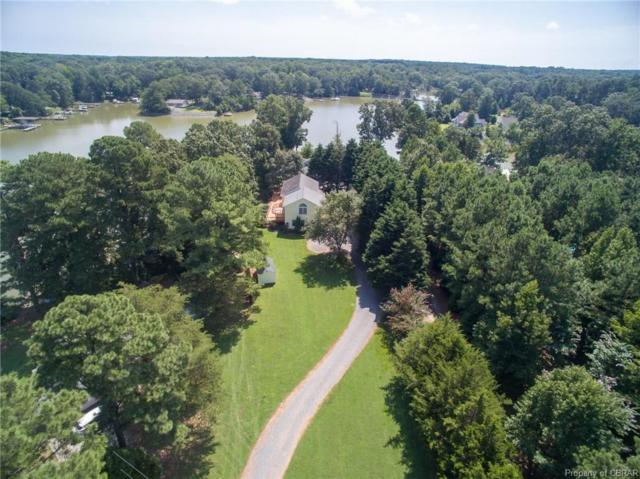 682 Greenfield Point Drive, Reedville, VA 22539 (#1921026) :: Abbitt Realty Co.