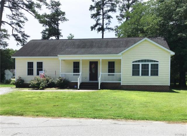 215 Pine Place, Jarratt, VA 23867 (#1922191) :: Abbitt Realty Co.