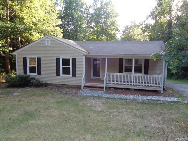 744 Oak Springs Drive, Aylett, VA 23009 (MLS #1923691) :: Small & Associates