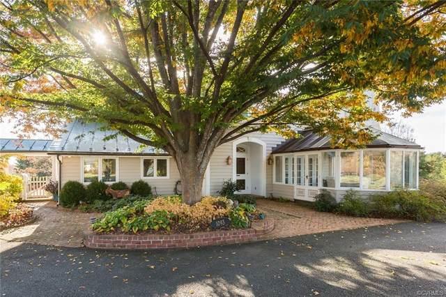 1093 St. John Road, Keswick, VA 22947 (MLS #1924638) :: Treehouse Realty VA