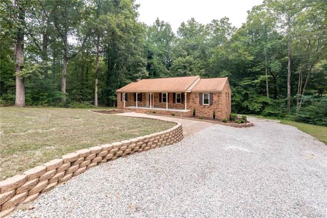 9521 Trails End Road, Midlothian, VA 23112 (MLS #1927221) :: EXIT First Realty
