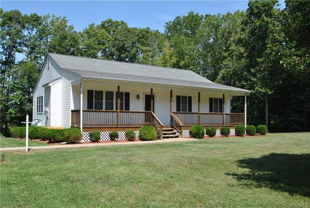 466 Bent Creek Lane, Bumpass, VA 23024 (MLS #1927466) :: The RVA Group Realty