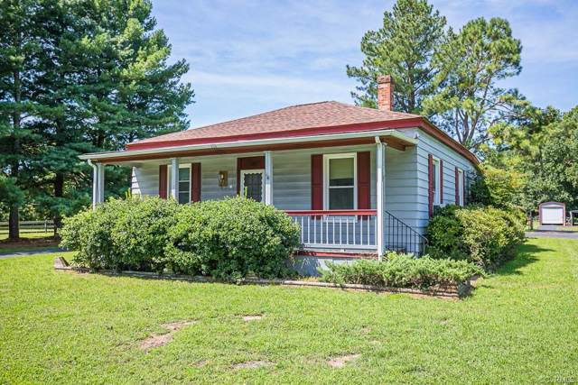 11119 Holly Berry Road, Ashland, VA 23005 (MLS #1928879) :: Small & Associates