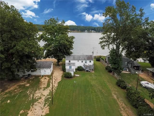 995 Point Anne Drive, Hartfield, VA 23071 (#1929375) :: Abbitt Realty Co.