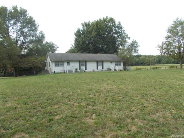 3268 Courthouse Road, Louisa, VA 23093 (MLS #1930935) :: Small & Associates