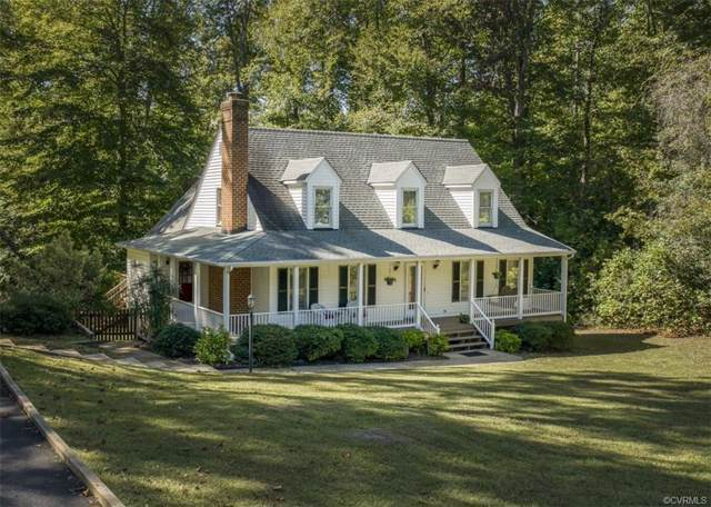 5509 Rainier Drive, Mechanicsville, VA 23116 (MLS #1933469) :: EXIT First Realty