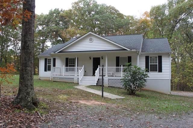 1860 Bent Oak Drive, Goochland, VA 23063 (MLS #1935412) :: The RVA Group Realty