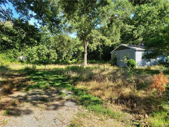5759 Pouncey Tract Road, Glen Allen, VA 23059 (MLS #1936627) :: EXIT First Realty