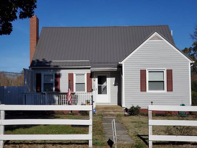 1204 W Carolina Avenue, Crewe, VA 23930 (MLS #1936811) :: HergGroup Richmond-Metro