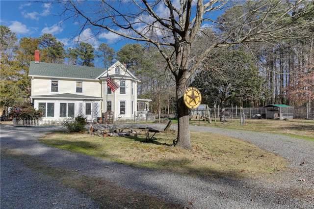 358 Circle Drive, Port Haywood, VA 23138 (#2000827) :: Abbitt Realty Co.
