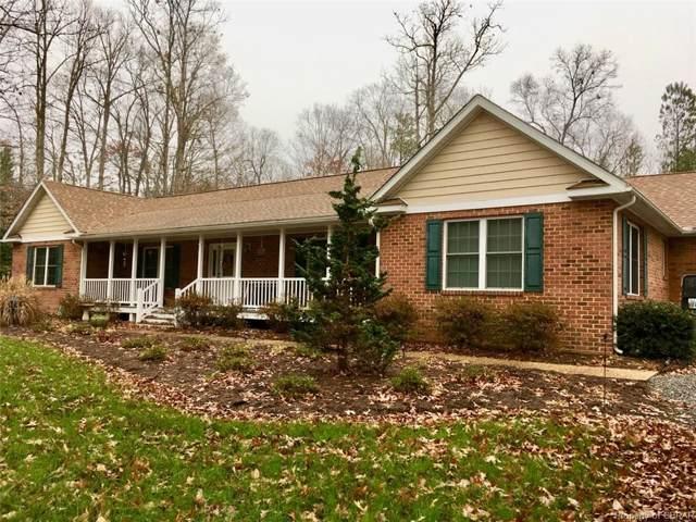 56 Old Oak Trail, Irvington, VA 22480 (MLS #2001608) :: EXIT First Realty