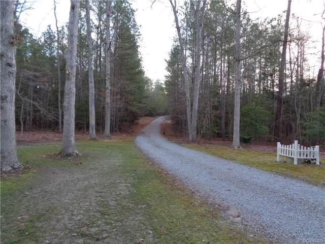 8901 Woodpecker Road, Chesterfield, VA 23838 (MLS #2002501) :: The Redux Group