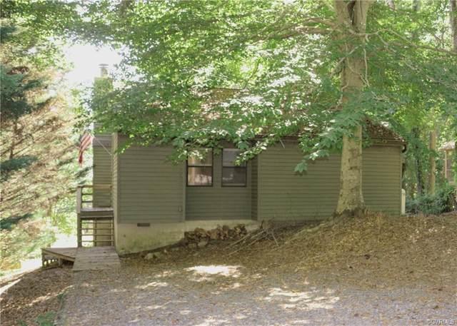 446 Lake Caroline Drive, Ruther Glen, VA 22546 (#2004174) :: Green Tree Realty