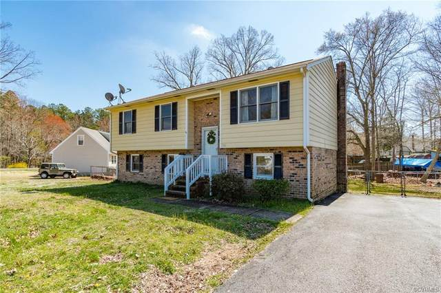 310 Cottonwood Lane, Prince George, VA 23875 (MLS #2008315) :: The Redux Group