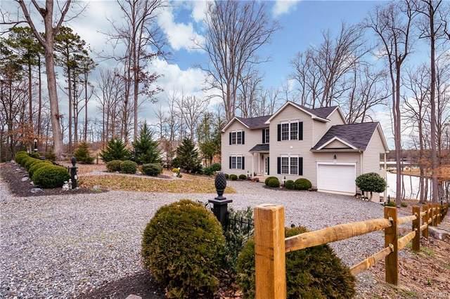 174 Lake Caroline Drive, Ruther Glen, VA 22546 (#2008892) :: Abbitt Realty Co.