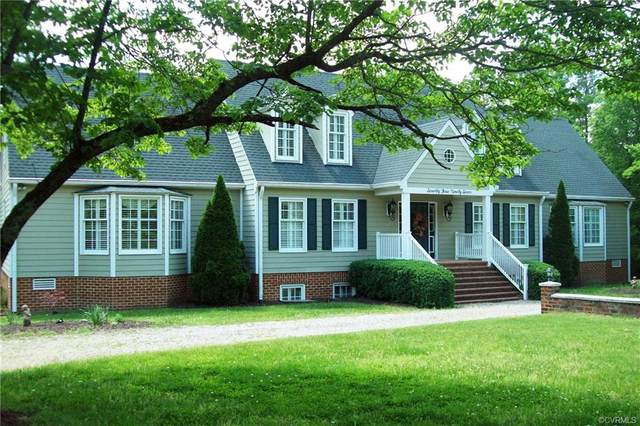 7397 Hidden Lake Circle, Mechanicsville, VA 23111 (MLS #2009241) :: Small & Associates