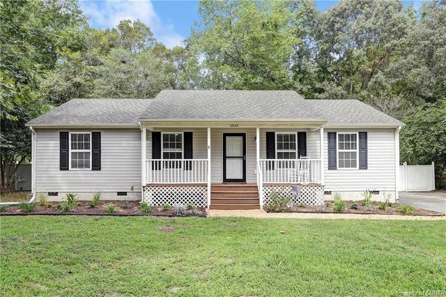 12422 Cedar Trail, Gloucester, VA 23061 (MLS #2009856) :: EXIT First Realty