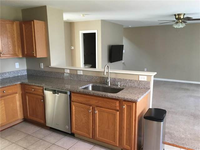 15212 Fern Hollow Court, Chesterfield, VA 23832 (MLS #2010630) :: The RVA Group Realty