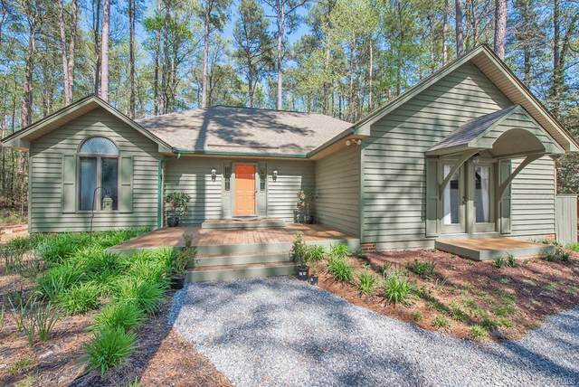 29 Waterwich Lane, Deltaville, VA 23043 (MLS #2011396) :: The Redux Group