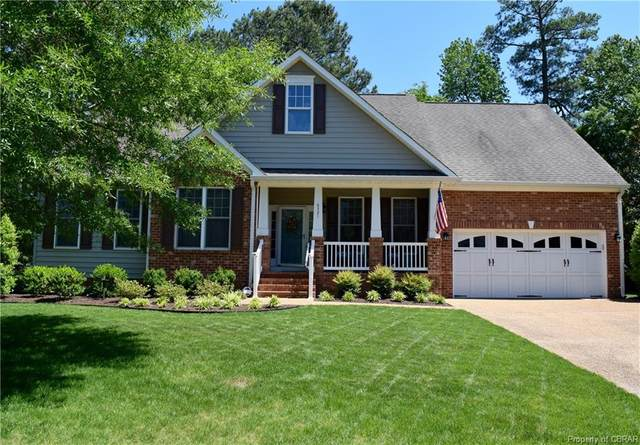 6321 Gloucester Town Drive, Gloucester, VA 23061 (#2015230) :: The Bell Tower Real Estate Team