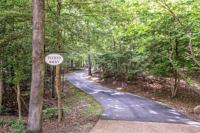 3010 St Marys Way, Powhatan, VA 23139 (MLS #2015543) :: EXIT First Realty