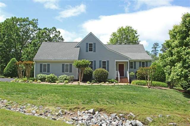 648 Middle Gate, Irvington, VA 22480 (MLS #2015724) :: The RVA Group Realty