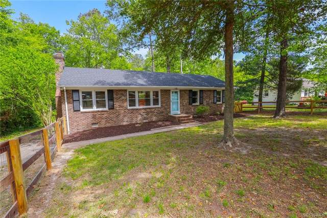 3046 Mount Clair Road, Chester, VA 23831 (MLS #2016227) :: EXIT First Realty