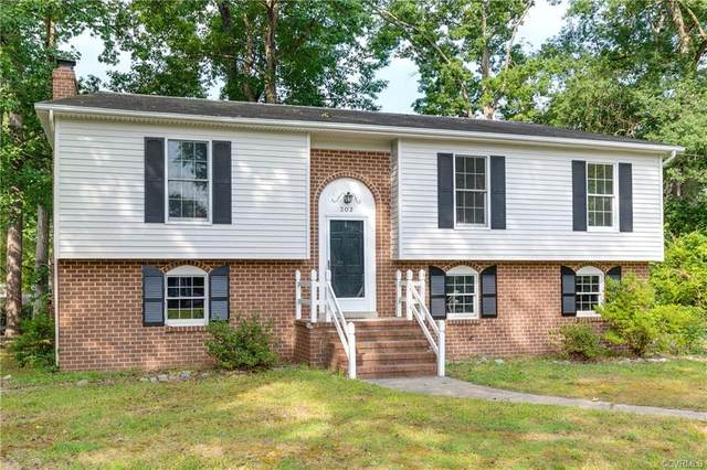 302 Nottingham Drive, Colonial Heights, VA 23834 (MLS #2019155) :: EXIT First Realty