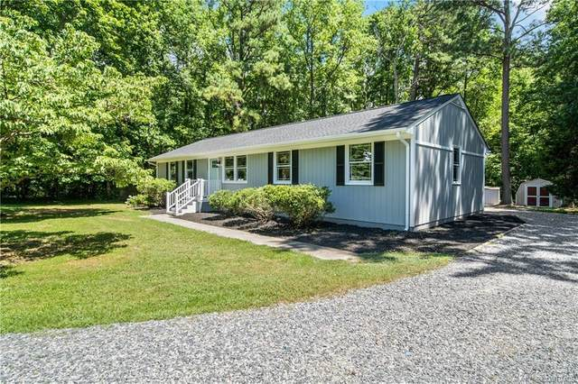 10901 Eades Court, Chesterfield, VA 23838 (MLS #2020111) :: The RVA Group Realty
