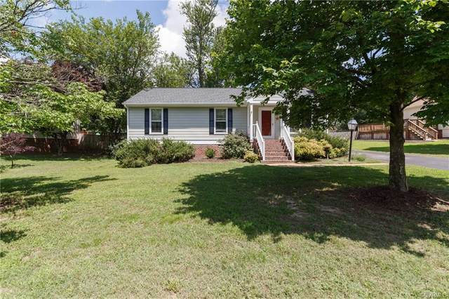 7092 Foxlair Drive, Mechanicsville, VA 23111 (MLS #2020601) :: EXIT First Realty