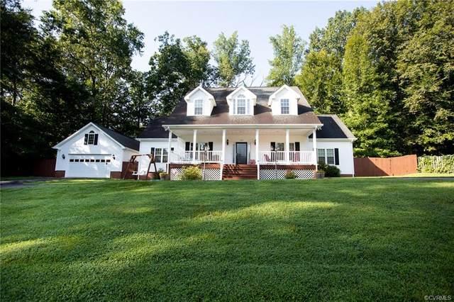 1723 Price Drive, Farmville, VA 23901 (MLS #2026137) :: Treehouse Realty VA