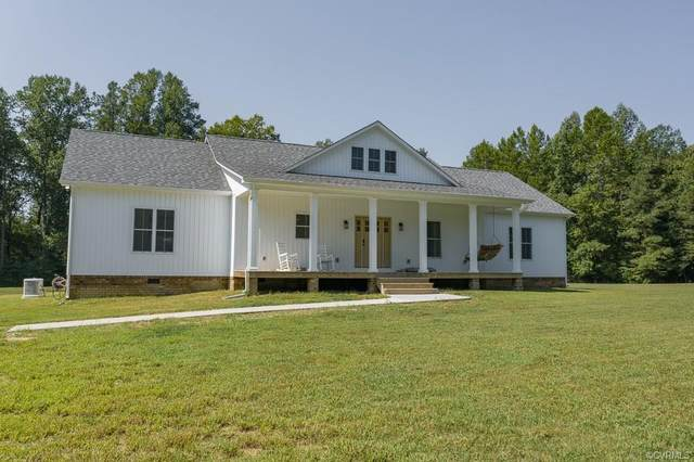 6467 Colonial Trail, Spring Grove, VA 23881 (MLS #2026189) :: Treehouse Realty VA