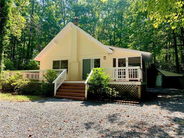 337 Pineview Drive, Hartfield, VA 23071 (MLS #2026881) :: Treehouse Realty VA