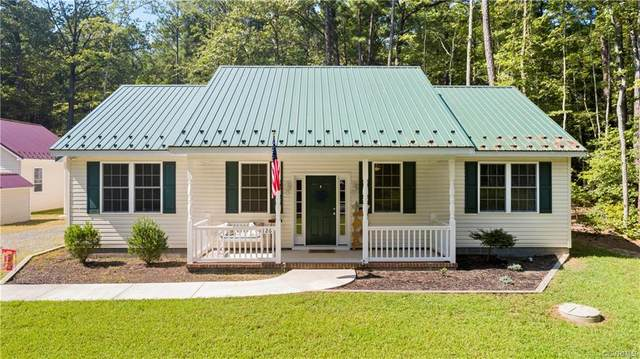 126 Pioneer Trail, Hague, VA 22469 (MLS #2027267) :: Treehouse Realty VA
