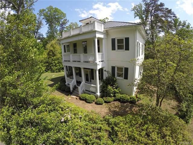253 Golf Course Drive, Weems, VA 22576 (MLS #2029111) :: Treehouse Realty VA