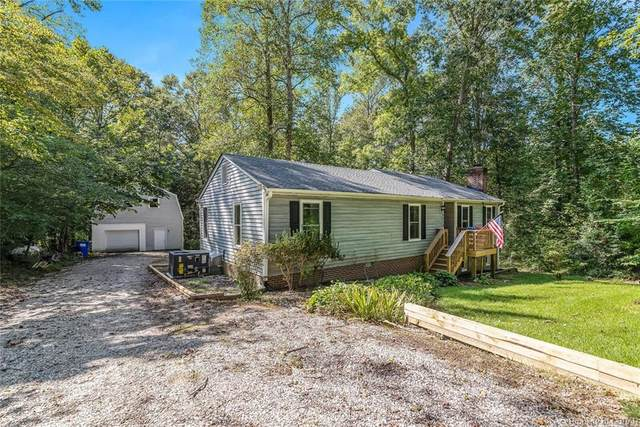 9038 Chriscoe Lane, Gloucester, VA 23061 (MLS #2029164) :: Treehouse Realty VA