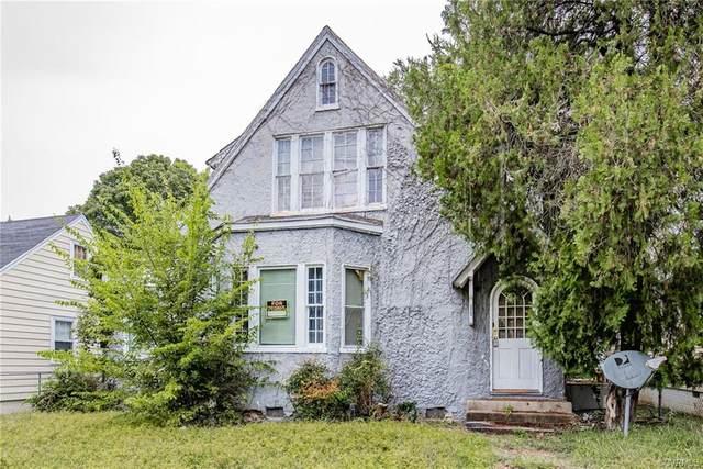 325 Glenwood Court, Petersburg, VA 23803 (MLS #2029290) :: Treehouse Realty VA