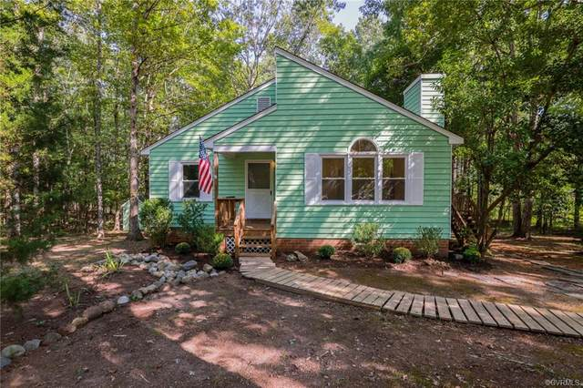 3462 Woods Way, Powhatan, VA 23139 (MLS #2029320) :: Blake and Ali Poore Team
